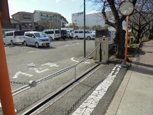 駐車場のゲート